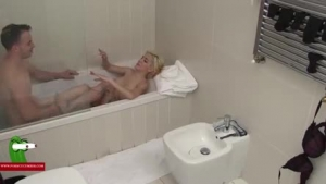 Horny milf, with pink glasses is showing us her favorite masturbation routine, while having a relaxing bath